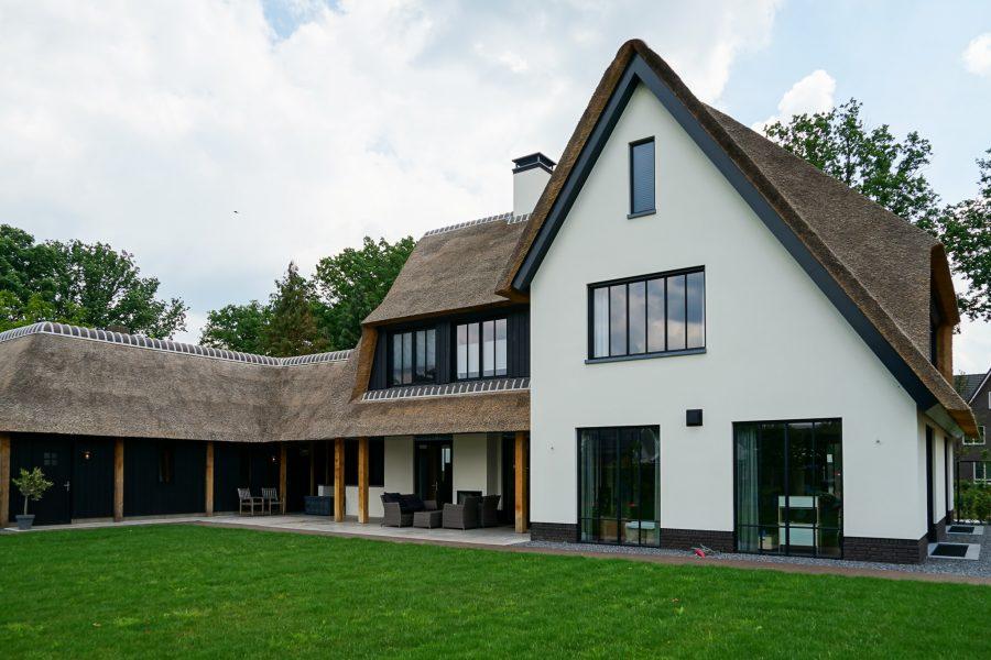 villa van bouwbedrijf in Son
