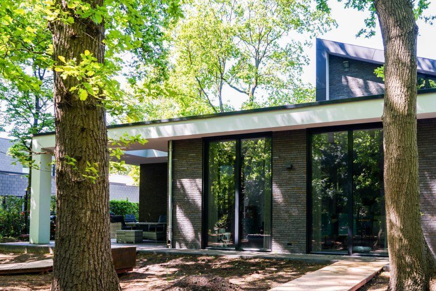 Moderne villa uden door bouwbedrijf