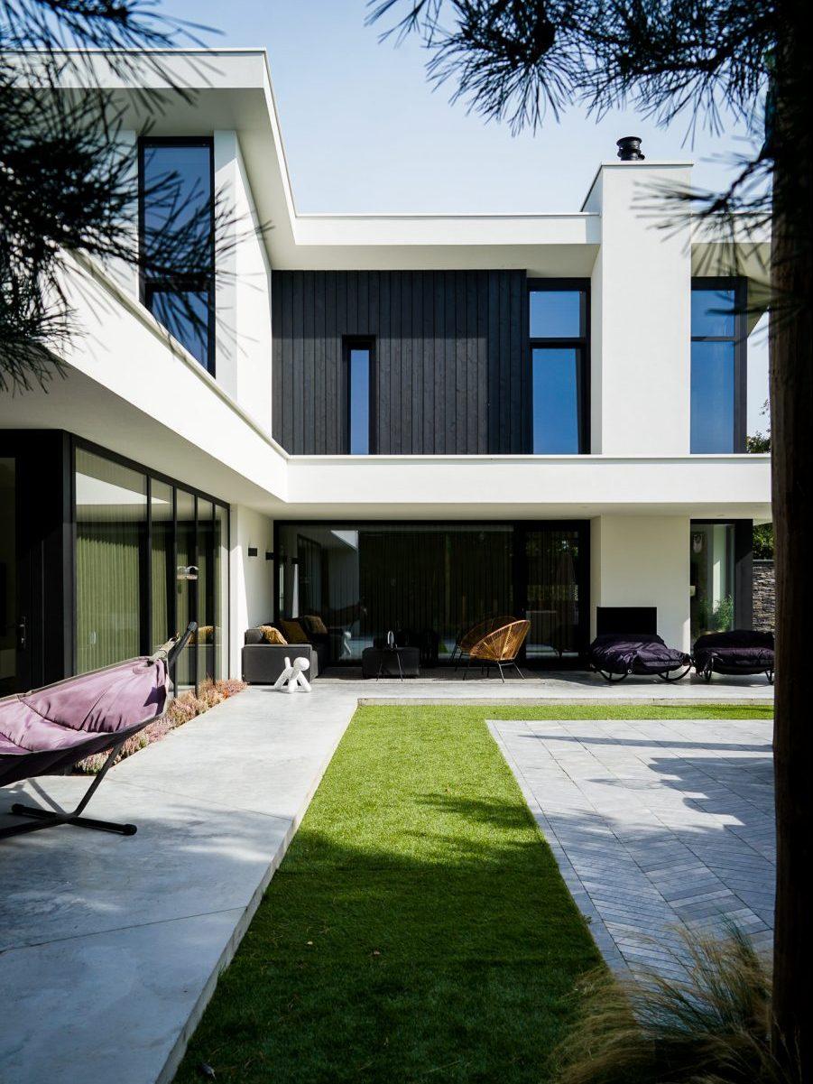 Moderne villa strakke lijnen