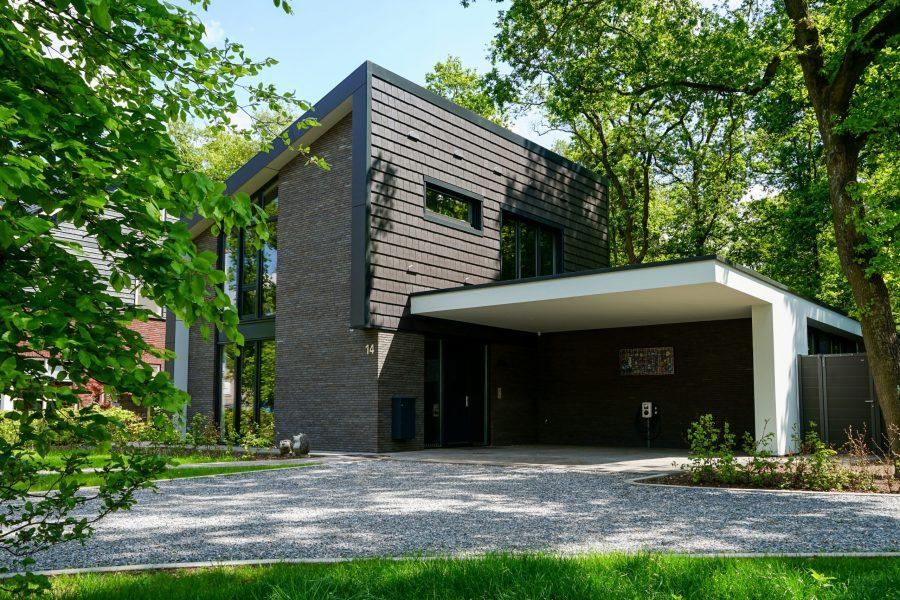 Moderne villa laten bouwen